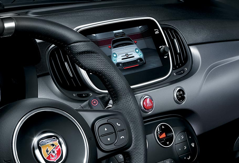 nouvelle 595 turismo style et performance abarth. Black Bedroom Furniture Sets. Home Design Ideas